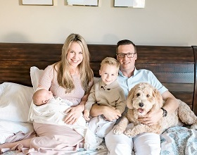 Aaron-Family-Picture-2019-307x220